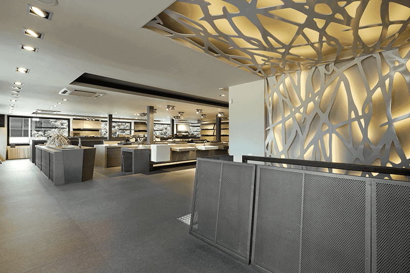 Interior Design and Construction Management Parquet Showroom Azul Acocsa
